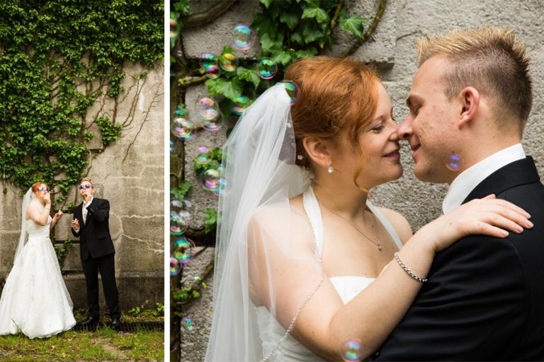 Brautpaar-Foto-Session mit Seifenblasen, Martin Fröhlich Hochzeitsfotograf auf München