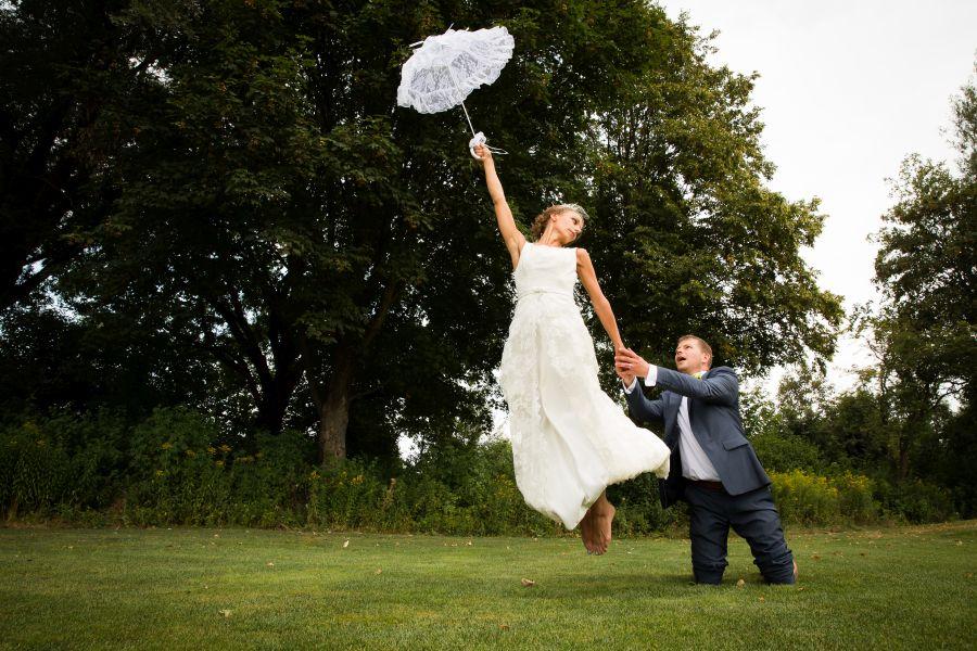 http://www.martin-froehlich-fotografie.de/wordpress/wp-content/uploads/27-10445-pp_gallery/Hochzeitsfotograf_Muenchen_Hochzeitsfotos_Golfplatz_028.jpg