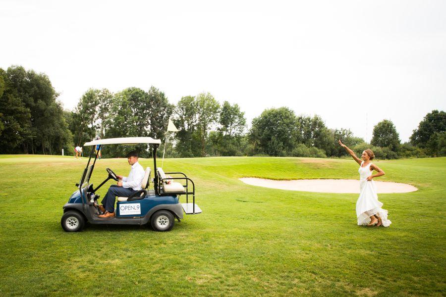 http://www.martin-froehlich-fotografie.de/wordpress/wp-content/uploads/27-10445-pp_gallery/Hochzeitsfotograf_Muenchen_Hochzeitsfotos_Golfplatz_030.jpg
