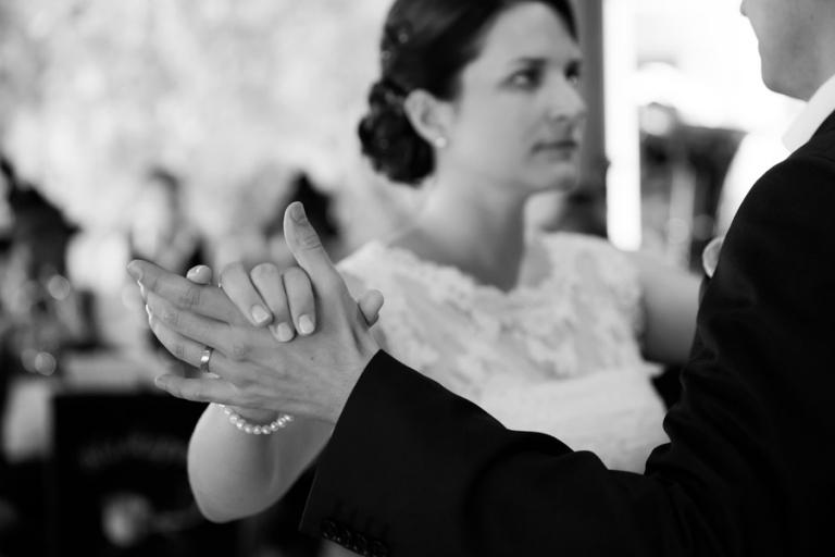 Hochzeitsfotograf aus München erzählt die Geschichte des Hochzeitstanz